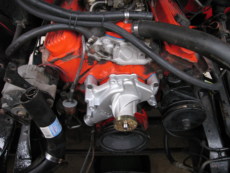 help me identify my motor heads water pump the 1947 present rh 67 72chevytrucks com chevy 350 water pump flow diagram 350 Chevy Motor Wiring Diagram